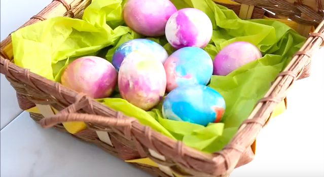 A new way to decorate eggs for Easter!